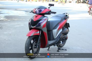 Honda SH 150i DEEP RED PREMIUM