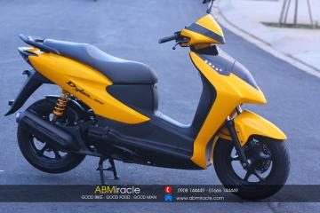 Honda Dylan YELLOW SPORTY