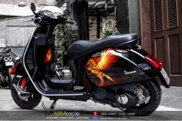Piaggio Vespa GTS 150 ON FIRE